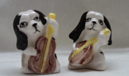 Vintage Mid Century Kitsch Puppies With Banjo Figurines // Black & White Dogs - $10.50