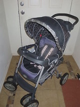 Graco Metrolite Stroller Black and Purple Color - Preowned Good Condition - $49.99