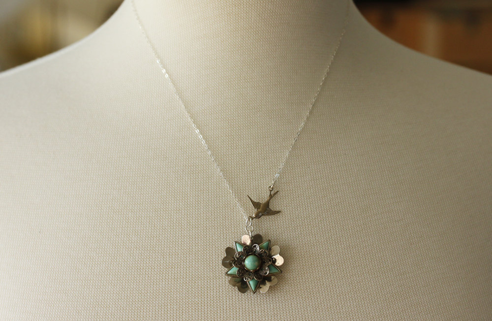 Turquoise Flower Necklace  , Flower Necklace , Vintage Jewelry, Turquoise Neckla