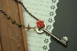 Skeleton Key Necklace Steampunk Jewelry Antique key - $27.00