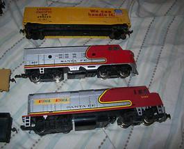 Vintage HO Backmann LifeLike Santa Fe Union Pacific Train Set image 2