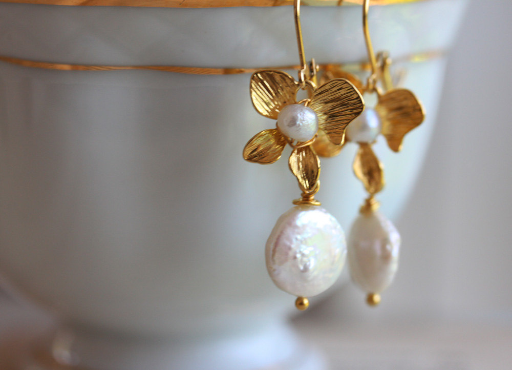 Pearl Earrings , White Coin Pearls, Golden Flower Earrings, Bridal Jewelry,Gold