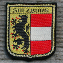 SALZBURG Early Vintage Travel Ski Patch AUSTRIA Skiing Hiking Felt Coat ... - $11.60