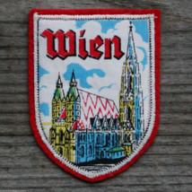 WEIN Vintage Travel Ski Patch Vienna Austria St Stephen's Stephansdom - $14.46