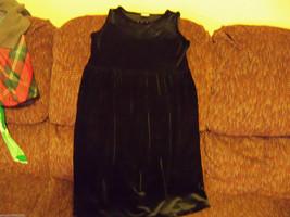 Perfectly Dressed Black  Dress  Size 10-12 Large Girls EUC - $30.39