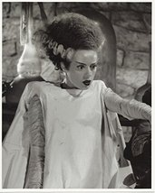The Bride of Frankenstein Elsa Lanchester Pointing in Black and White 8 ... - $7.95