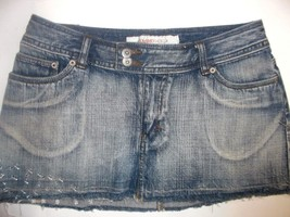 MOSSIMO DENIM WOMENS JUNIOR'S SIZE 9 BLUE DENIM SKIRT - $12.99