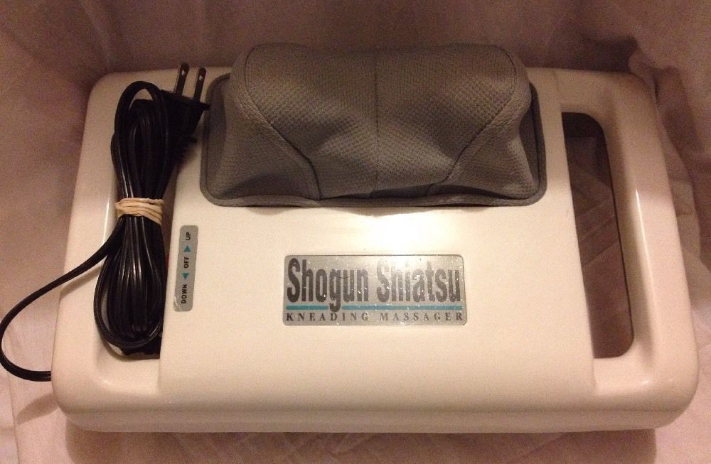 HOMEDICS SHOGUN SHIATSU KNEADING MASSAGER SM-444 Neck Back Foot Arm Full Body