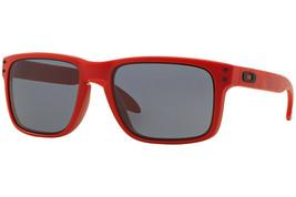 Oakley Gafas de Sol B1B Colección Holbrook Mate Rojo Con / Gris OO9102-83 - $215.01