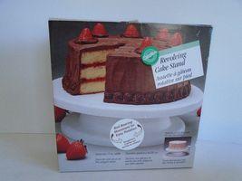 "Wilton Revolving Cake Decorating Stand-White -11"" Wide - Model 415-900 S... - €17,49 EUR"