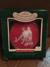 Hallmark 1988 Norman Rockwell Cameo 9th And To All a Good Night Ornament - $4.95