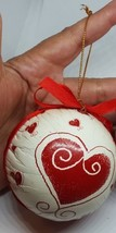 1 Round Christmas Ornament Vintage Decor with Heart design pre-owned - $7.87