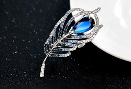 Blue Zircon Rhinestone Peacock Feather Brooch Pin Wedding Brooch Decor G... - $26.25