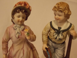 """Lefton mid century Pair Boy/Girl Collectible KW5821 7"""" Colonial Figurine... - $34.00"""