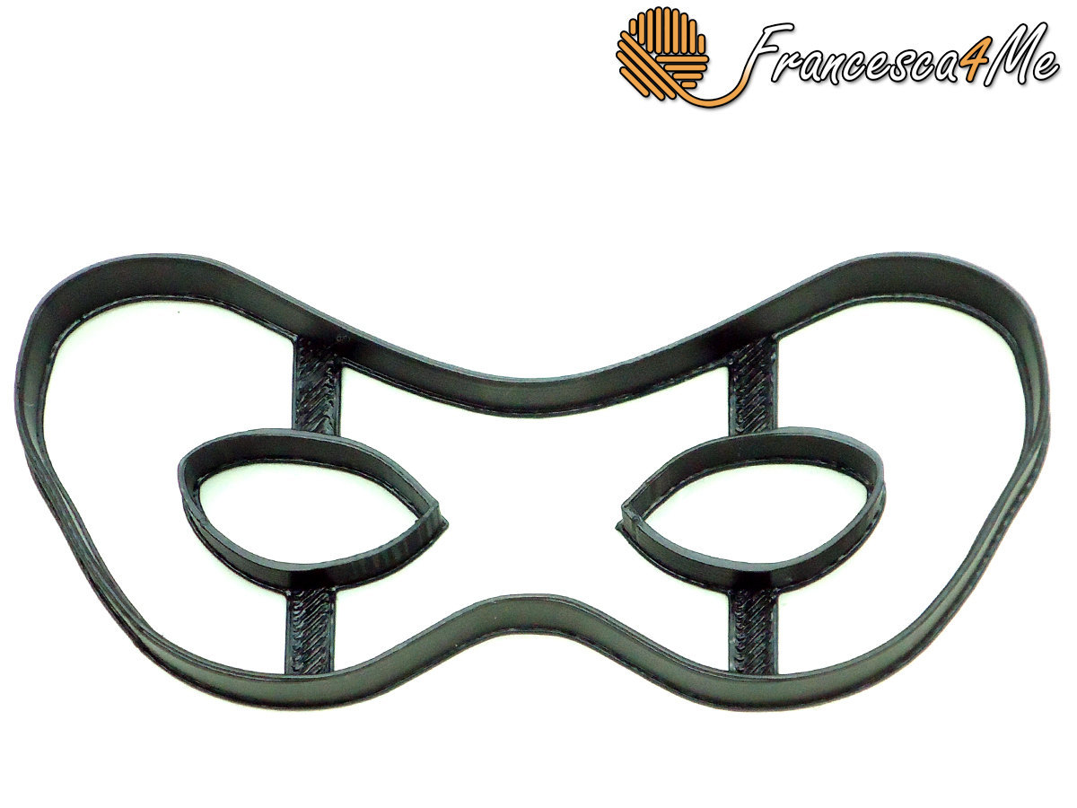 Masquerade Mask Cookie Cutter - Cookie Cutters