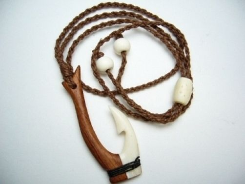 Hawaiian Hawaii Jewelry Half Wood & Half Bone Fish Hook Necklace 35002