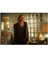 Fear The Walking Dead Kim Dickens as Madison standing in living room 8 x... - $7.95