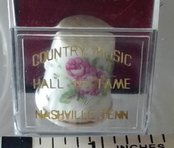 Country Music Hall of Fame Souvenir Thimble Collectible in Sealed Displa... - $18.99