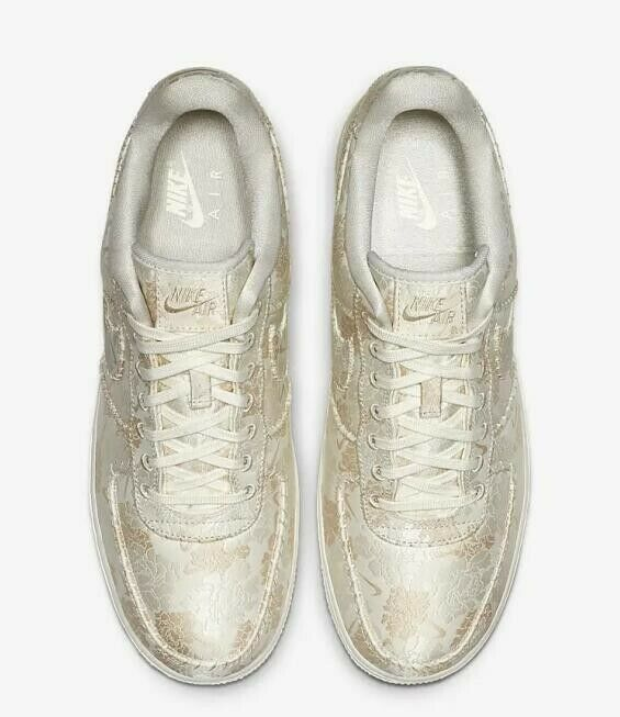 AIR FORCE 1 '07 PRM 3 MEN'S US SIZE 10.5 STYLE # AT4144-100