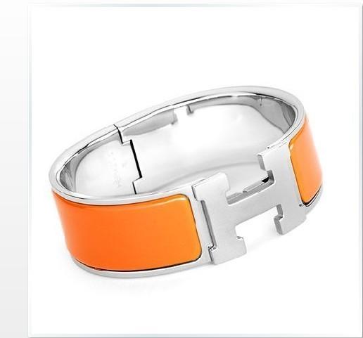 authentic hermes clic clac wide bracelet h orange shw. Black Bedroom Furniture Sets. Home Design Ideas