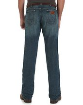 Wrangler Men's Retro Slim Fit Straight Leg Jean, Macon, 32W x 34L - $49.95