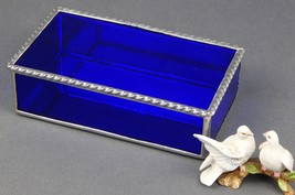 A COBALT BLUE ARTIQUE STAINED GLASS JEWELRY BOX WITH A BOLD ROAP TWIST E... - $69.25