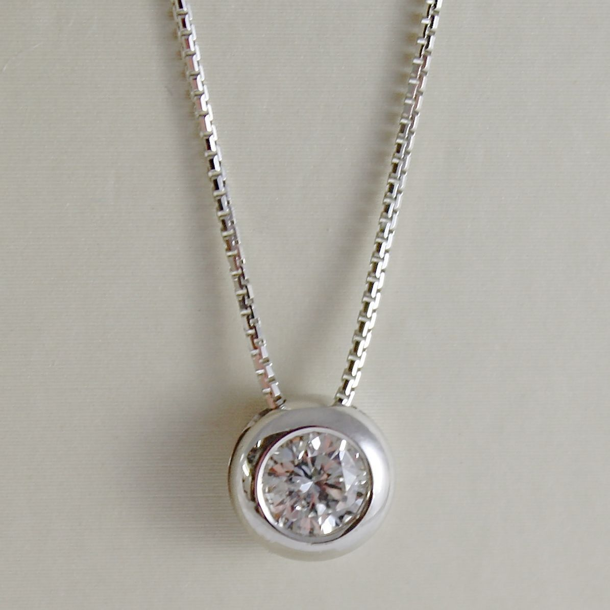 18K WHITE GOLD NECKLACE WITH DIAMOND 0.45 CARATS, VENETIAN CHAIN MADE IN ITALY