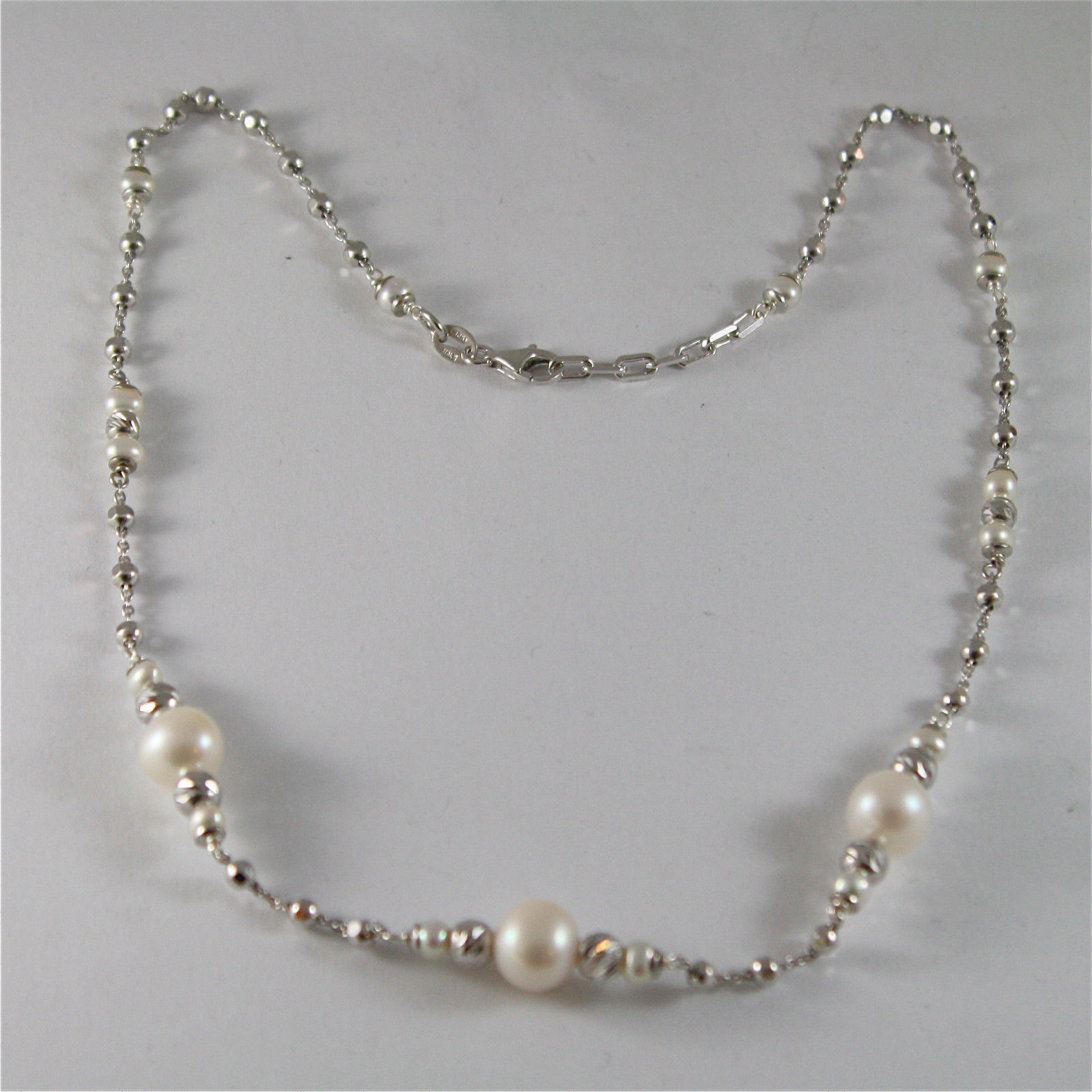 925 SILVER NECKLACE WITH 8 MM ROUND FW PEARL AND FACETED BALLS
