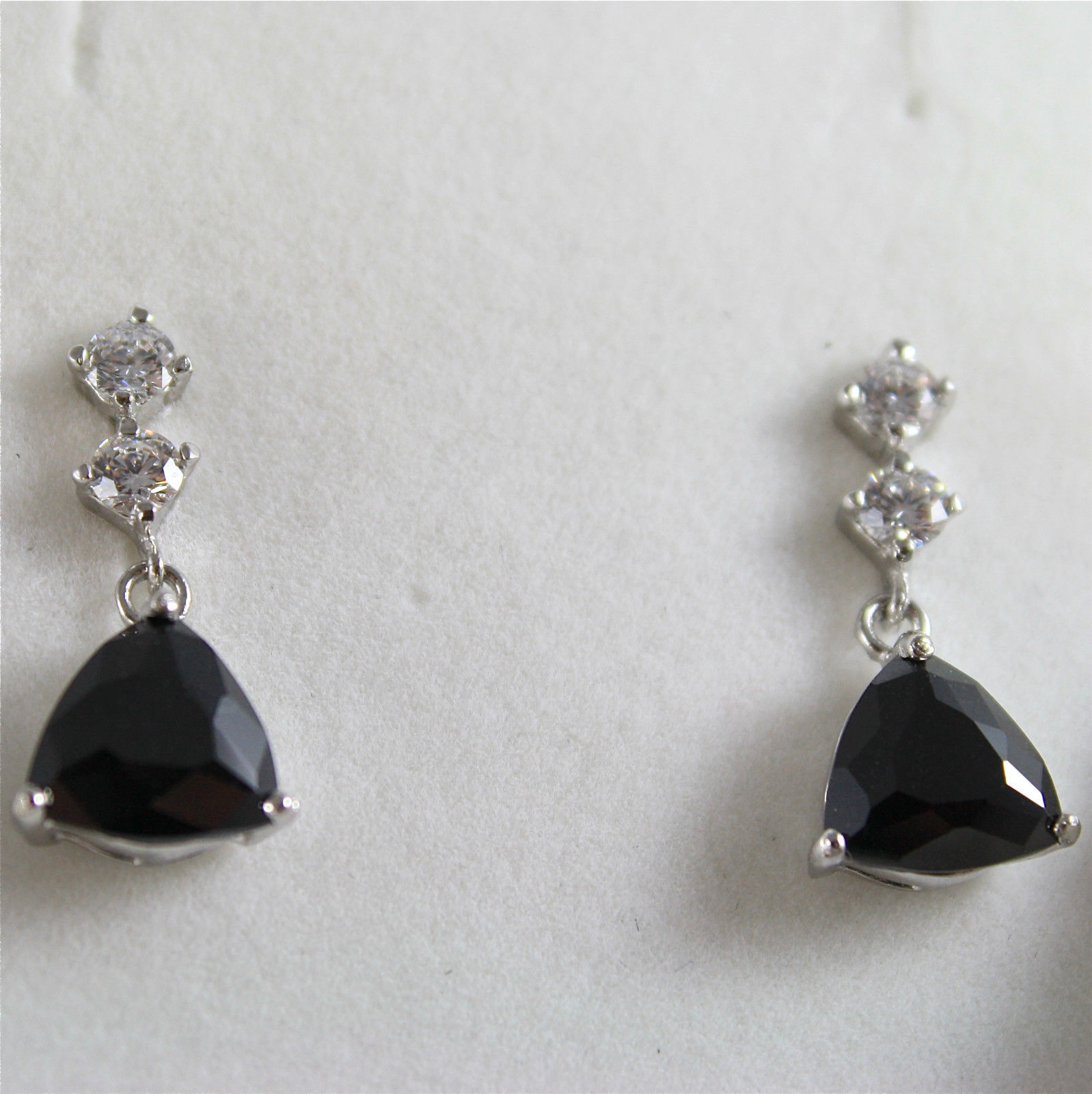.925 RHODIUM SILVER EARRINGS, TRIANGLE CUT, BLACK CRISTAL, VINTAGE STYLE