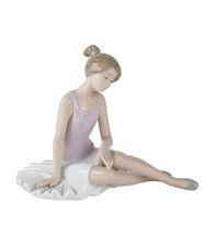 """New In Box Nao By Lladro #1175 """"Dancer Rested"""" Ballerina Girl Ballet Figurine - $98.00"""