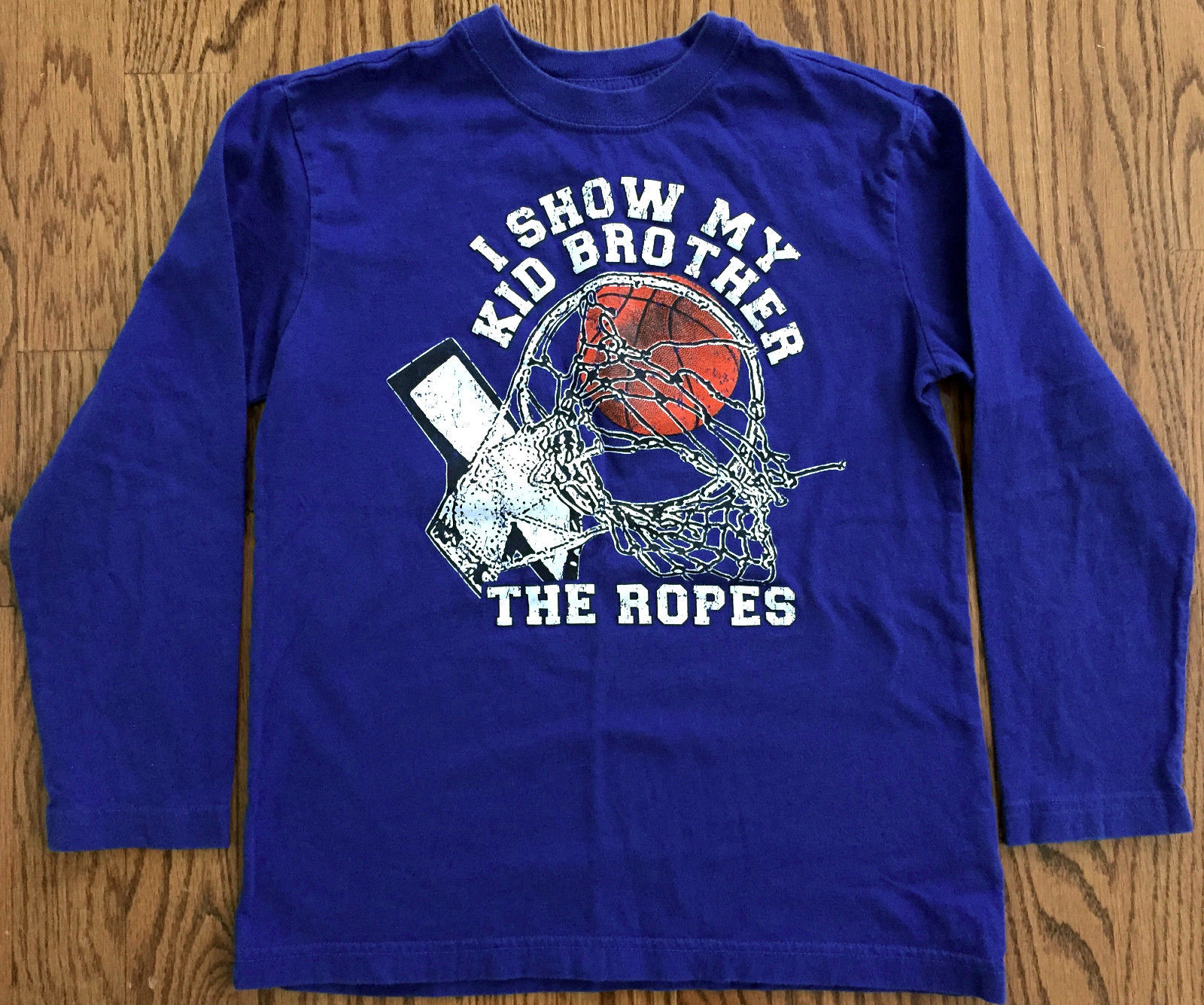 """PLACE BOYS BLUE T-SHIRT SZ M 7-8 BASKETBALL """"I SHOW MY KID BROTHER THE ROPES""""EUC"""