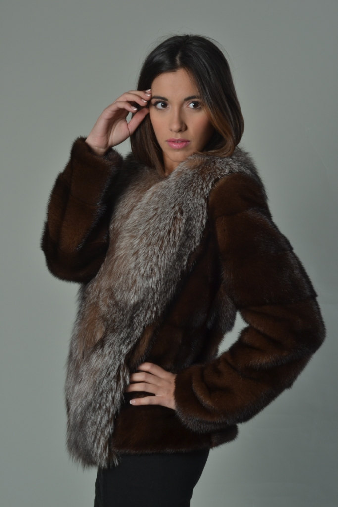 Luxury gift/ Mahogany Mink fur coat/Fur jacket Full Skin with Crystal fox collar image 2