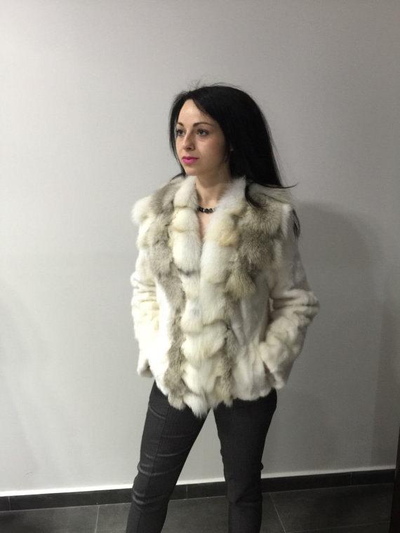 Luxury gift/ Golden mink fur coat/ Fur jacket with fox collar/ Wedding,or annive
