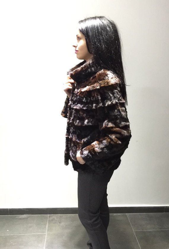 Luxury gift / sectional brown Mink fur coat / Fur jacket / Wedding,or anniversar image 3