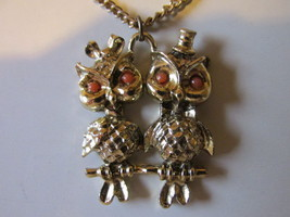 Retro / Vintage Kitschy Mr. & Mrs. Owl Pendant Necklace with Hair Bow & ... - $9.99