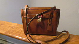 Authentic Michael Kors Hamilton Traveler Messenger Leather Crossbody Lug... - $168.29