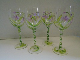 Four 4 Floral Flowers Purple Green White Wine Glasses Hand Painted Vine - $65.17