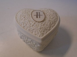 Heart Shaped Trinket Box Lidded Ceramic Initial H in Gold Roses Floral C... - $27.76