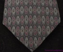!00% Italian Silk Neck Tie DON LOPER Beverly HIlls Foulard Burgundy Geom... - $19.74
