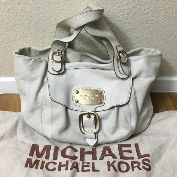 78de10bd7708 Michael Kors Hudson Downtown Shoulder Bag - and 50 similar items