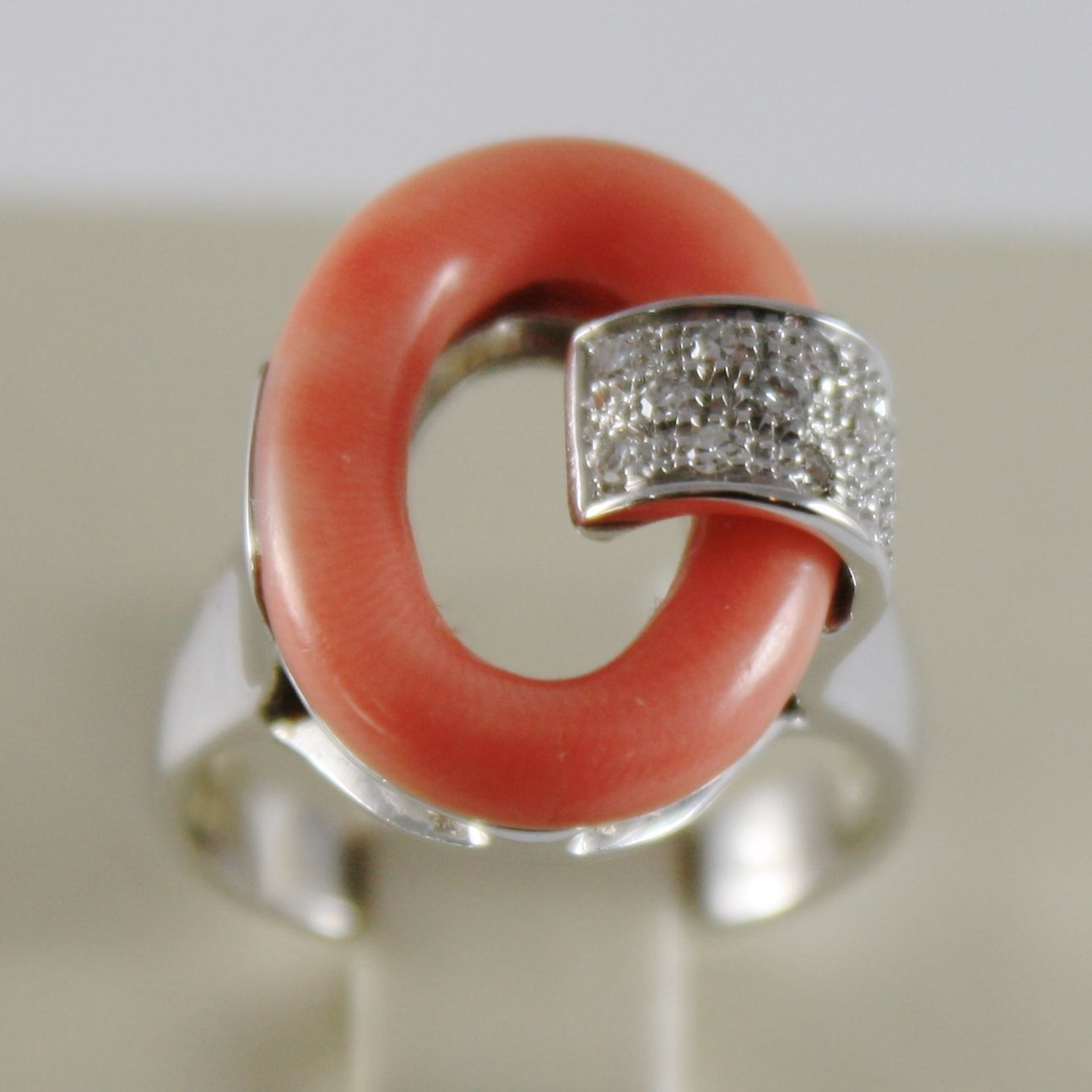 SOLID 18K WHITE GOLD OVAL CORAL BAND RING WITH DIAMONDS DIAMOND MADE IN ITALY