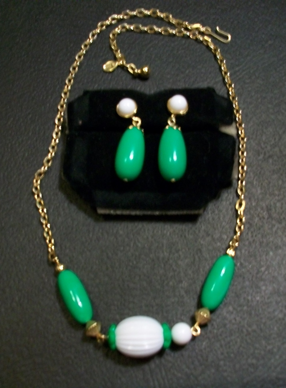 Vintage Avon Green and White Necklace and Clip-On Earrings Set  'Come Summer'