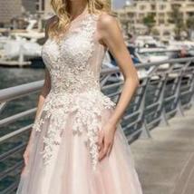 Elegant Lace Wedding Dresses A-line Light Pink Beach Bridal Gown O-Neck Sleevele image 3