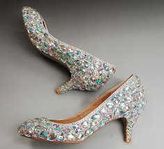 Crystal Wedding Shoes Low Bridal Heels Cinderella Rhinestone Shoes Kitte... - $145.00