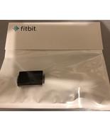 S l1600    fitbit thumbtall