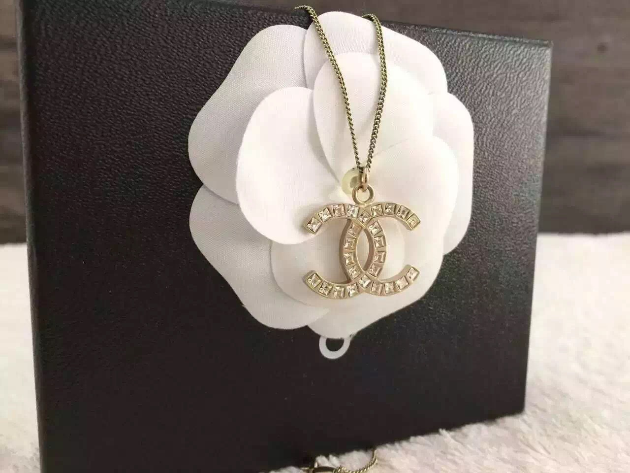Authentic chanel classic large cc logo necklace square crystal gold image aloadofball Choice Image