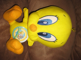 "BABY TWEETY Brand New Licensed Plush NWT With Tags 12"" Looney Tunes 2014 - $25.00"