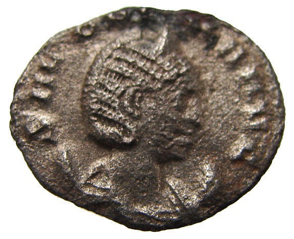 ANCIENT ROMAN COIN Salonina Wife of Gallienus Antoninianus 253 to 268 ad bronze