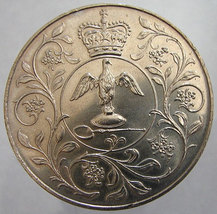 BRIITISH SILVER JUBILEE Queen Elizabeth 2nd Vintage 1977 Over 30 Years Old 25 Pe - $14.99
