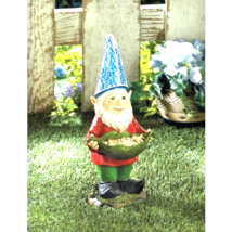 Bird Feeder Gnome Solar Statue - $27.35